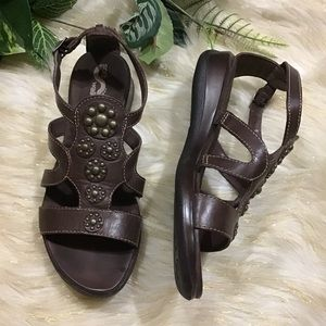 Soft Walk brown studded gladiator 7.5W sandals